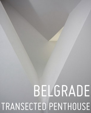 Stan na dva nivoa   je smešten u zgradi koja se nalazi na Senjaku, 5 km od centra grada. Dizajn je određen okruženjem i položajem zgrade  sa čijeg se krova pruža pogled na  panoramu Beograda.